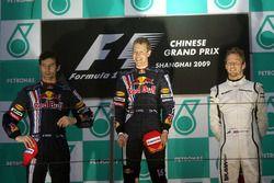 Mark Webber, Red Bull Racing, Sebastian Vettel, Red Bull Racing en Jenson Button, Brawn Grand Prix op het podium