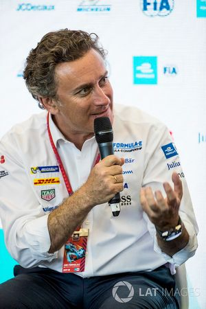 Alejandro Agag, PDG de la Formule E, lors de la conférence FIA Smart Cities
