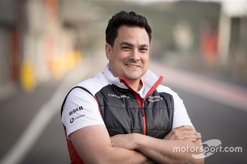 Stephen Mitas, Porsche Team ingeniero jefe de carrera