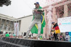 Lucas di Grassi, Audi Sport ABT Schaeffler, in 2nd, Andre Lotterer, Techeetah, in 3rd