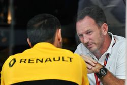 Christian Horner, Red Bull Racing Team Principal and Cyril Abiteboul, Renault Sport F1 Managing Dire