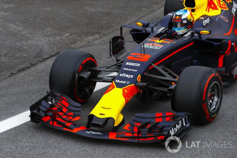 Dos años después, en 2017, se volvió a cambiar la normativa, debido a las Pirelli más anchas. 728 kg fue la cifra aquella temporada