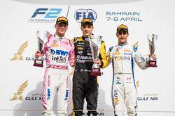 Podium: second place Maximilian Gunther, BWT Arden, Race winner Artem Markelov, RUSSIAN TIME, third place Sergio Sette Camara, Carlin