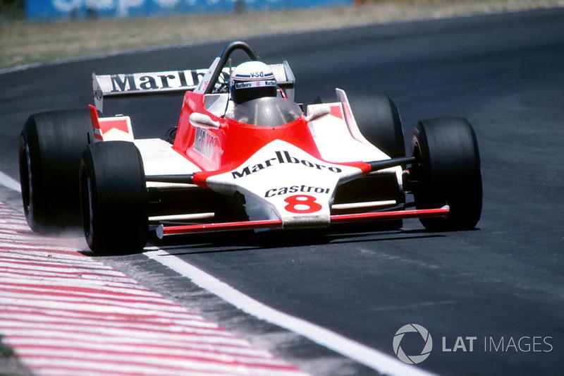 Hunt 1980-ban majdnem visszatért a McLarenhez az amerikai hétvégére, amiért 1 millió dollárt kért. Ez a lehetőség akkor jött létre, amikor Alain Prost az előző hétvégén Dél-Afrikában a szabadedzésen eltörte a csuklóját, és a francia újonc nem volt teljesen alkalmas arra, hogy Long Beachen vezessen. A csapat főtámogatója, a Marlboro a felét kínálta fel az összegnek, de a tárgyalások hamar befejeződtek, mivel Hunt síelés közben eltörte a lábát.