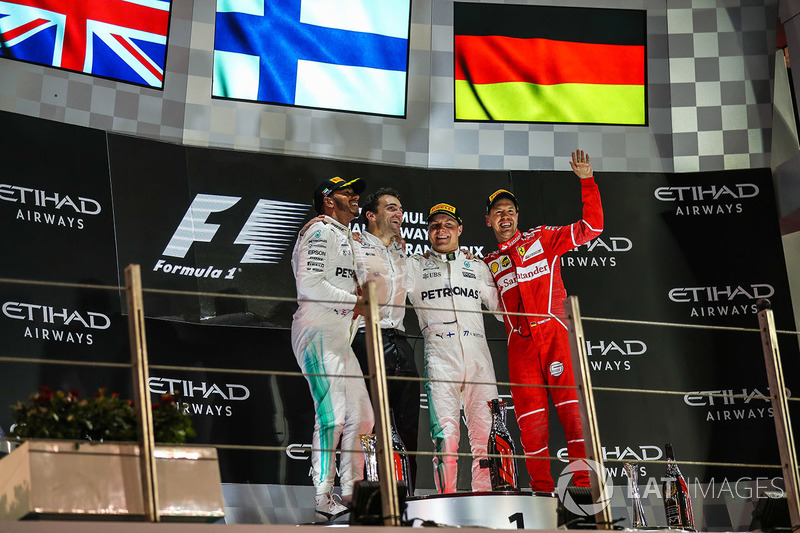 Podium: race winner Valtteri Bottas, Mercedes AMG F1, second place Lewis Hamilton, Mercedes AMG F1,
