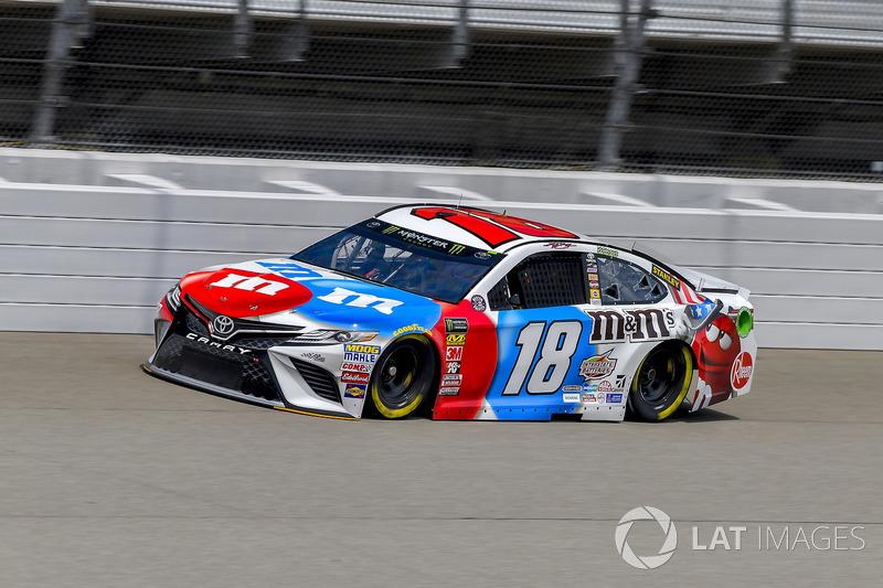 3. Kyle Busch, Joe Gibbs Racing, Toyota Camry M&M's Red White & Blue