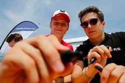 Mick Schumacher, PREMA Theodore Racing Dallara F317 - Mercedes-Benz, Sacha Fenestraz, Carlin Dallara F317 - Volkswagen