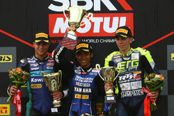 Podium: Race winner Galang Hendra Pratama, second place Walid Khan, third place Borja Sanchez