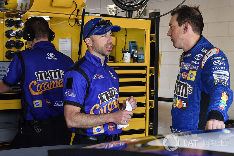 Kyle Busch, Joe Gibbs Racing, Toyota Camry M&M's Caramel and crew chief Adam Stevens