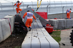 The crashed car of Carlos Sainz Jr., Scuderia Toro Rosso