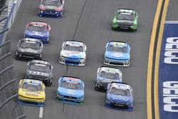 Matt Tifft, Joe Gibbs Racing Toyota, Casey Mears, Biagi-DenBeste Racing Ford, Brandon Jones, Richard