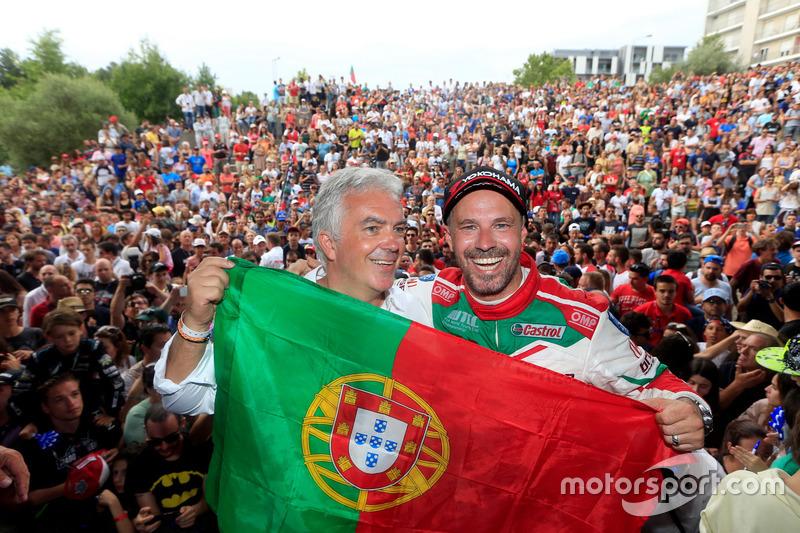 Tiago Monteiro, Honda Racing Team JAS, Honda Civic WTCC, et Rui Santos