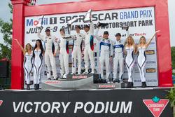 GTE Podio: Ganador de la carrera #25 BMW Team RLL BMW M6 GTLM: Bill Auberlen, Alexander Sims, segund