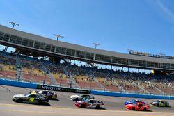 William Byron, JR Motorsports, Chevrolet; Austin Dillon, Richard Childress Racing, Chevrolet