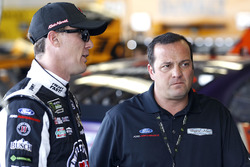 Kevin Harvick, Stewart-Haas Racing Ford with Greg Zipadelli