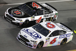 Trevor Bayne, Roush Fenway Racing Ford Kevin Harvick, Stewart-Haas Racing Ford