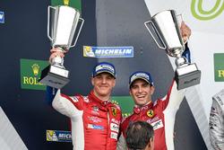 Podio GTE-Pro: #51 AF Corse Ferrari 488 GTE: James Calado, Alessandro Pier Guidi