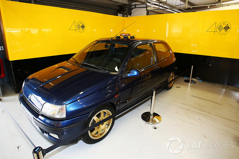 Renault Sport F1 Team F1 Historic: Clio Williams