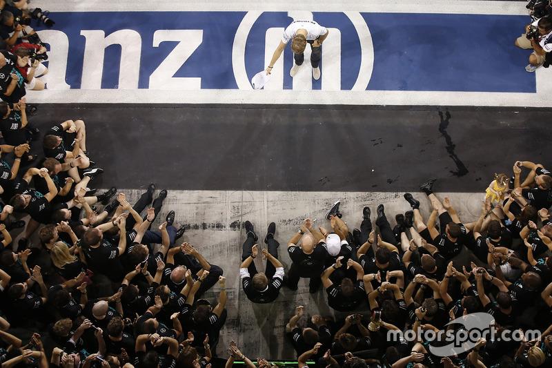 Nico Rosberg, Heroico Título Batalla Derrota - Abu Dhabi 2014