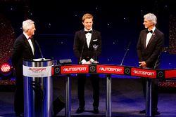 بطل العالم فى الفورمولا 1 نيكو روزبرغ، مرسيدس ودايمون هيل