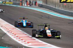 Alex Palou, Campos Racing leads Akash Nandy, Jenzer Motorsport