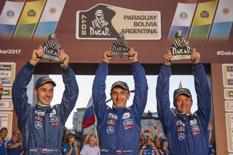 #513 Team Kamaz Master: Dmitry Sotnikov, Ruslan Akhmadeev, Igor Leonov