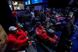 Lucas Di Grassi, ABT Schaeffler Audi Sport and Daniel Abt, ABT Schaeffler Audi Sport watch teammate Patrik Holzmann