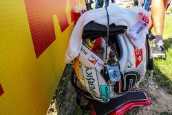 El casco y la balaclava of Sebastian Vettel, Ferrari en la parrilla