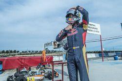 Carlos Sainz Jr., Scuderia Toro Rosso gets ready to perform at the Karting Club Correcaminos in Reca