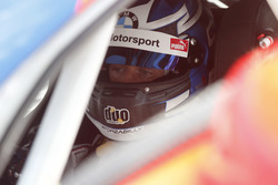 #42 BMW Team Schnitzer, BMW M6 GT3: Ricky Collard