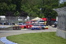 #72 TA2 Chevrolet Camaro, Shane Lewis, Robinson Racing, #34 TA2 Ford Mustang, Tony Buffomante, Mike
