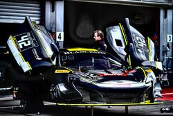 #42 Strakka Racing McLaren 650S GT3: Nick Leventis, Lewis Williamson, Craig Fleming