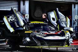 #42 Strakka Racing McLaren 650S GT3: Nick Leventis, Lewis Williamson, Craig Fleming
