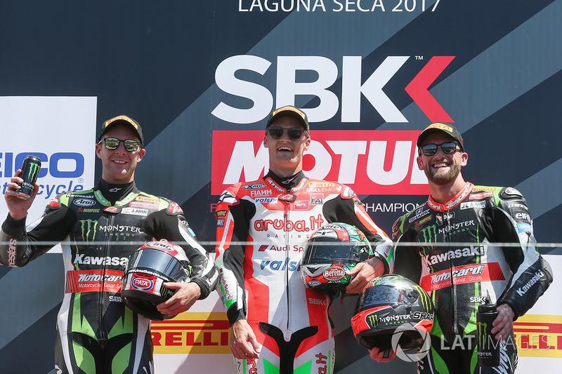 Podio: ganador Chaz Davies, Ducati Team, segundo lugar Jonathan Rea, Kawasaki Racing, tercer lugar Tom Sykes, Kawasaki Racing