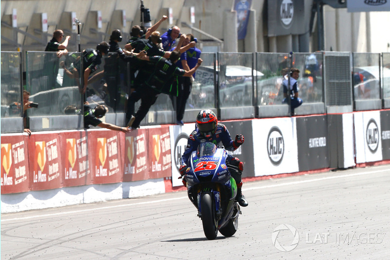 Maverick Viñales, Yamaha Factory Racing se lleva la victoria