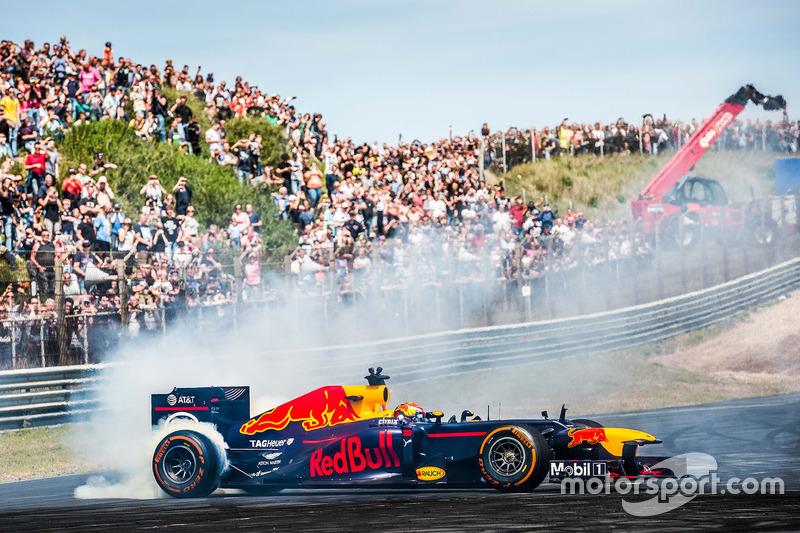 Max Verstappen verbrak in 2017 het ronderecord op Circuit Zandvoort. Wie had sinds 2001 dat record in handen?