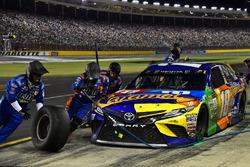 Kyle Busch, Joe Gibbs Racing Toyota pits