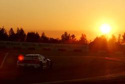 №42 BMW Team Schnitzer, BMW M6 GT3: Марко Виттман, Том Бломквист, Мартин Томчик, Аугусту Фарфус