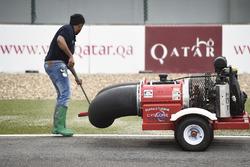 Trockenlegung des Losail International Circuit in Katar