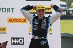 Ganador, Tom Ingram, Speedworks Motorsport Toyota Avensis