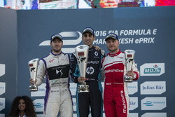 Podium : le vainqueur Sébastien Buemi, Renault e.Dams; le 2e Sam Bird, DS Virgin Racing; le 3e Felix Rosenqvist, Mahindra Racing