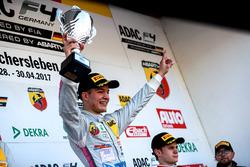 Podium: Lirim Zendeli, Mücke Motorsport