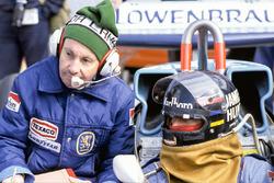 James Hunt, McLaren M26 Ford, Teddy Mayer