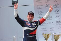 Победитель гонки Mitjet Алексей Басов