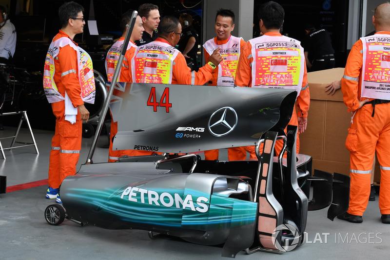 Кожух двигателя Mercedes-Benz F1 W08