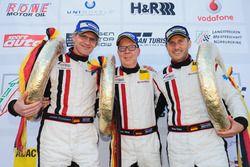 Podium: 1. #22 Wochenspiegel Team Monschau, Ferrari 488 GT3: Georg Weiß, Oliver Kainz, Jochen Krumbach