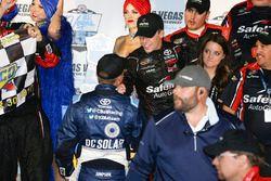 1. Ben Rhodes, ThorSport Racing Toyota, mit Christopher Bell, Kyle Busch Motorsports Toyota