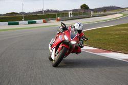 Test Honda CBR1000RR 2017 Fireblade