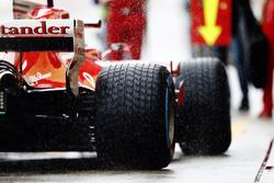 Kimi Raikkonen, Ferrari SF70H, in the pits