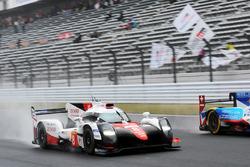 #8 Toyota Gazoo Racing Toyota TS050 Hybrid: Anthony Davidson, Sébastien Buemi, Kazuki Nakajima with